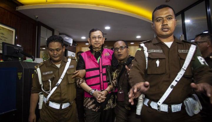 Kejagung Tahan 5 Tersangka Korupsi Jiwasraya, Istana Kasih Tepuk Tangan - Warta Ekonomi