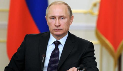 Foto Putin Adakan Rapat Online Setelah Dilaporkan Kontak dengan Seorang Dokter