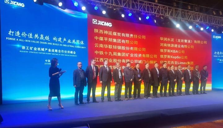 CEO SEAM Group Raih Strategic Partner Award di China - Warta Ekonomi
