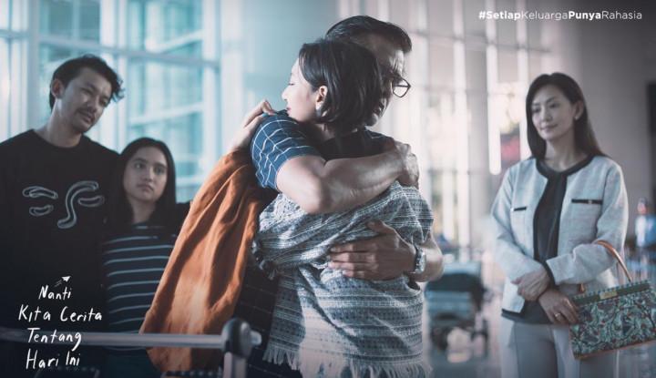 NKCTHI Beri Kesan Mendalam, Rio Dewanto: Film Ini Punya Positive Vibes yang Luar Biasa - Warta Ekonomi