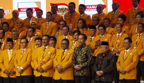 Foto Jokowi Jadi Saksi Pelantikan Pengurus DPP Hanura