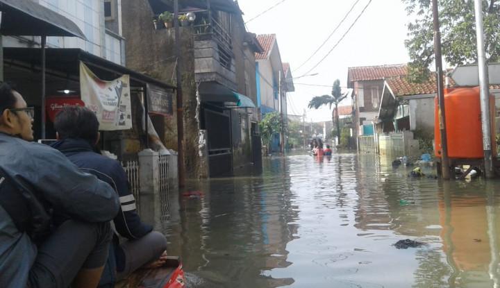 Diguyur Hujan, Banjir Sampai di Tangerang - Warta Ekonomi