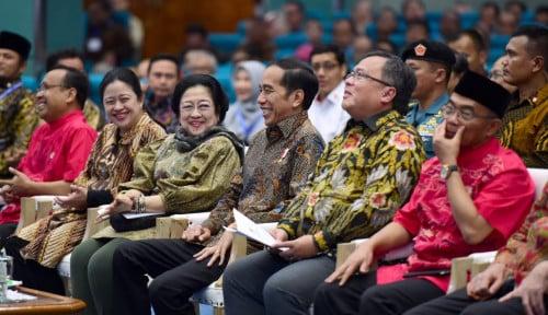 Manuver Jokowi yang Paling Bagus untuk Gantikan Mega di PDIP! Risma, Puan, Prananda, dan Hasto Lewat