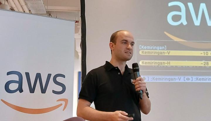 AWS Permudah Pemanfaatan AI dan ML Berbasis Cloud - Warta Ekonomi