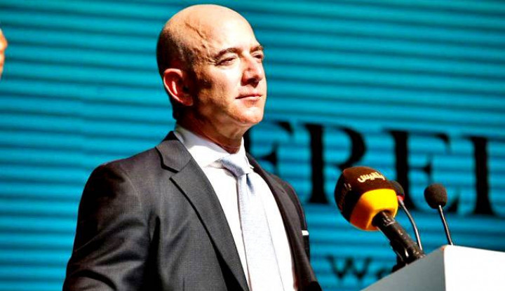 Foto Berita Bertahan 4 Tahun Berturut-turut, Jeff Bezos Betah Jadi Orang Terkaya Dunia dengan Harta Rp2.566 T