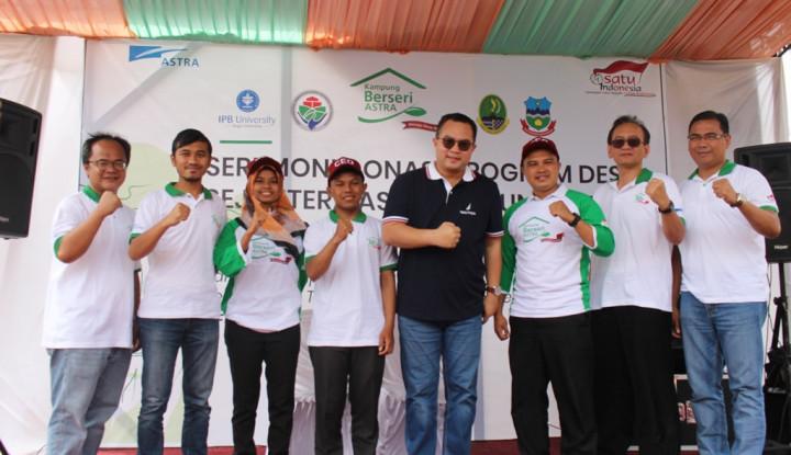 Bantu Genjot Ekonomi Masyarakat, Astra Salurkan Bantuan ke 56 Desa di Jawa Barat - Warta Ekonomi