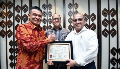 Foto Di Depan Rosan Roeslani, Pelindo I Deklarasikan Jadi Anggota Kadin