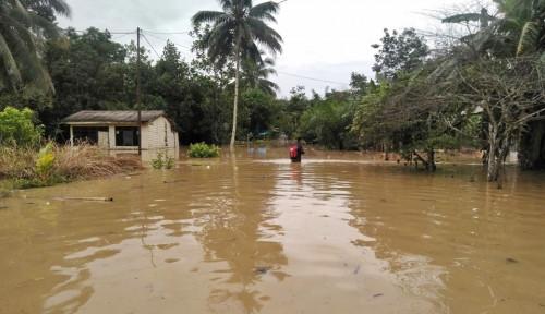12 Rumah Hanyut Akibat Banjir