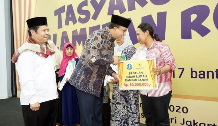 Baznas DKI Jakarta Serahkan Kunci 402 Rumah Duafa - Warta Ekonomi
