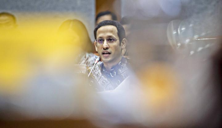 Usul Presiden Jancukers: Bubarkan Saja Kemendikbud, Bakar Ijazah!