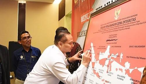 BP2MI Tanda Tangani Komitmen Bersama Pembangunan Zona Integritas demi WBK dan WBBM