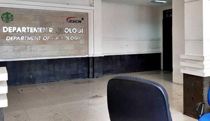 Foto Alat Kesehatan Terendam Banjir, RSCM Segera Uji Coba Unit Radiologi
