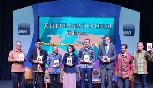 Foto Direktur Voice of Indonesia: Kebebasan Pers Warisan Habibie Harus Dirawat