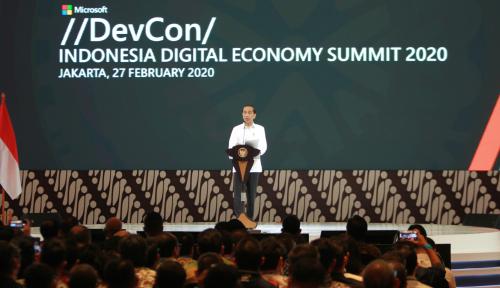 Jokowi Janjikan Izin Investasi Kilat ke Microsoft