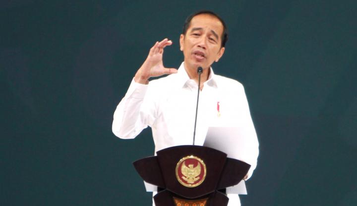 Hadiri Pengukuhan Guru Besar UINSA, Jokowi Sebut Pendidikan Harus Bisa Redam Radikalisme