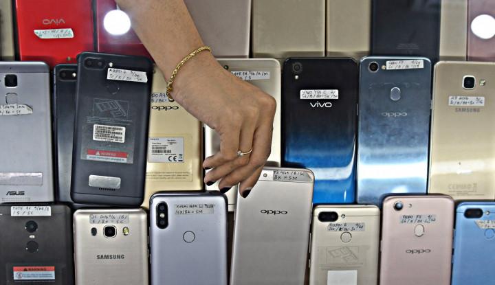Smartphone Kelas Menengah Laris Manis, Samsung & Xiaomi Paling Laku Keras
