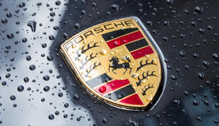 Waduh, Kantor Porsche Digeledah, Kenapa Nih? - Warta Ekonomi