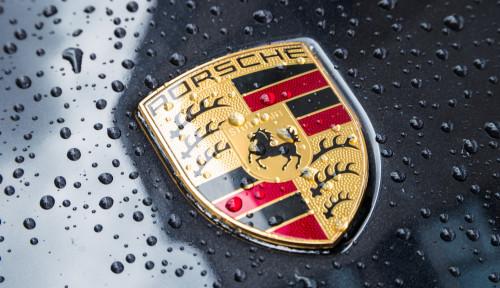 Foto Waduh, Kantor Porsche Digeledah, Kenapa Nih?