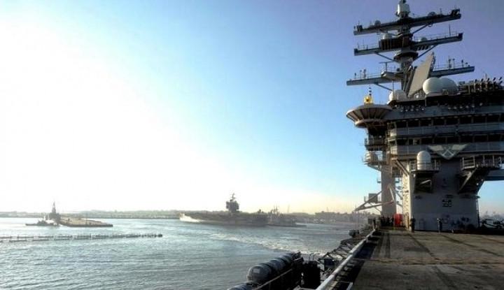 Tak Diperkirakan, 3 Kapal Perang Aktif AS Diserang Virus Corona - Warta Ekonomi