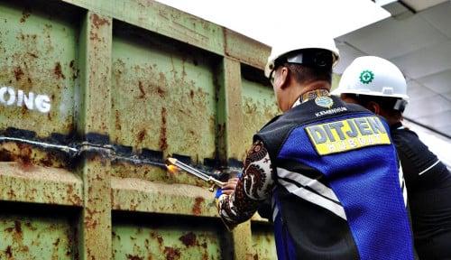 Foto Menperin Minta Industri Dukung Penghapusan Truk ODOL