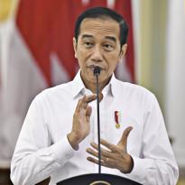 Dapat Keluhan dari Nakes, Jokowi Langsung Minta Kapolda Begini