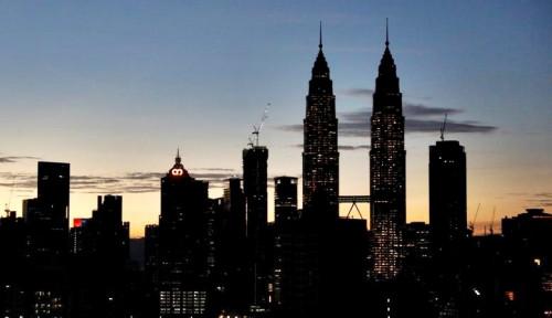 Foto Akhirnya, Malaysia Tetapkan Lockdown