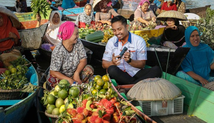 Hidupkan Pasar Tradisional, BRI Fasilitasi Pedagang Berjualan Online