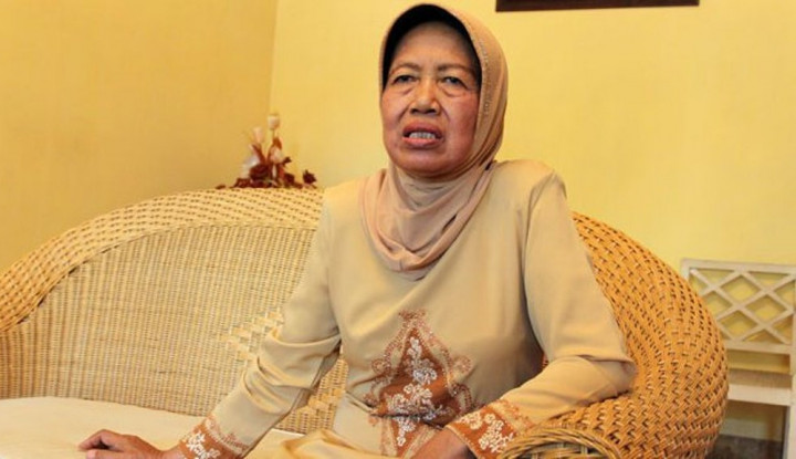 Mengenang Sosok Sujiatmi Notomiharjo, Ibunda Presiden Jokowi - Warta Ekonomi