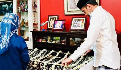 Foto Pramono Ceritakan Ketegaran Jokowi Ikhlaskan Sang Bunda, Bikin Hati Perih...
