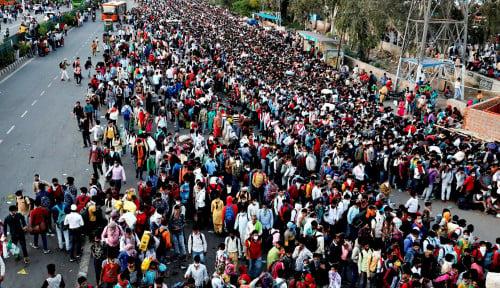 Foto Ribuan Jemaah Tabligh Kini Jadi Incaran Polisi India karena Sebabkan...