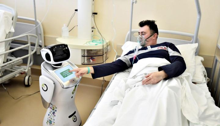 Robot Tommy Bantu Petugas Medis Italia Merawat Pasien Positif Corona - Warta Ekonomi