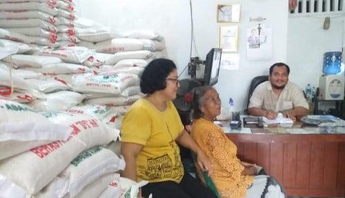 Foto Badai Corona Untungkan Penjual Beras di Medan