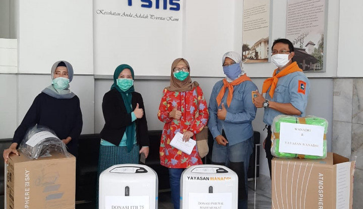 Tekan Dampak Corona, Yayasan Wanadri Donasikan Alat Medis ke RSHS