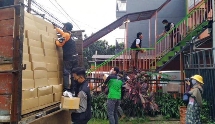 Tim Ekspedisi Dompet Dhuafa Kirimkan 2.000 Paket Sembako Ke Sejumlah Kota