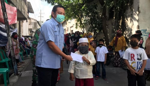 Alhamdulillah! 232 Paket Sembako dan 150 Santunan Yatim Disalurkan kepada . . . .
