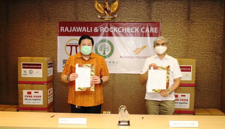 Rockcheck Group dan Rajawali Corpora Bantu Satu Juta Masker