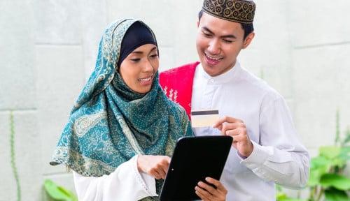 Peringkat Ekonomi Syariah Indonesia Naik Satu Level, Indef: Sayangnya... Konsumen Terbesar