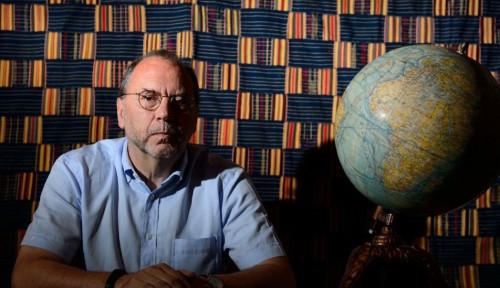Menelusuri Cerita Profesor Penemu Virus Ebola yang Kini Melawan Virus Corona
