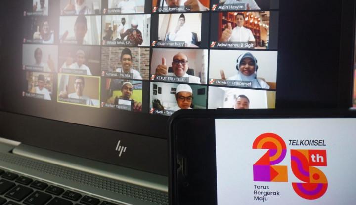 Telkomsel Berikan Bantuan Bagi Masjid dan Yayasan di Sumatera