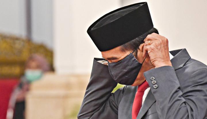Kemarin Komentari Panci, Sekarang Roy Suryo Soroti Masker Jokowi