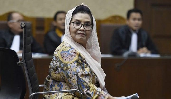 Foto Berita Profil Siti Fadilah Supari, Menkes Era SBY yang Lantang Tolak Vaksin Corona Bill Gates