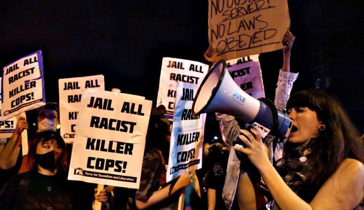 Ribuan Demonstran di AS Turun ke Jalan Tuntut Keadilan Rasial, Penyebaran Corona di Sana. . .