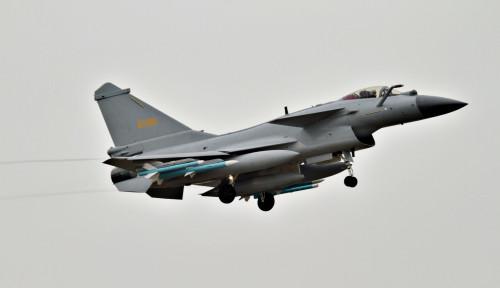 Membandel, Jet-jet Tempur China Terus Mondar-Mandir di Atas LCS