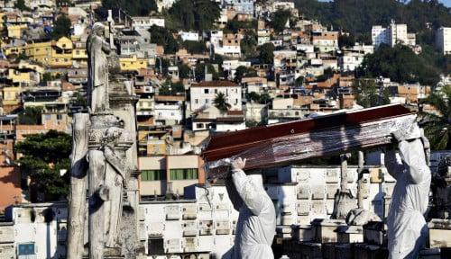 Covid-19 Telan Ratusan Ribu Nyawa, Pemerintah Dituding Lakukan Genosida
