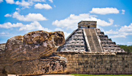 Dituduh Penyihir, Tabib Suku Maya Tewas Dibakar Warga