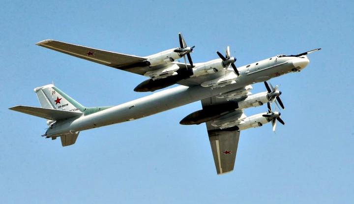 Lagi Patroli di Alaska, Jet Tempur AS Adang 2 Pesawat Bomber Milik Rusia