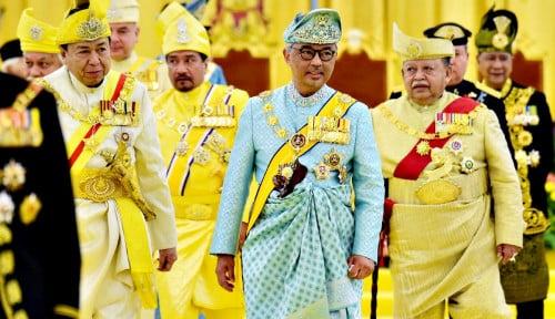 Politik Negeri Jiran Memanas, Raja Redam Perebutan Kekuasaan di Malaysia