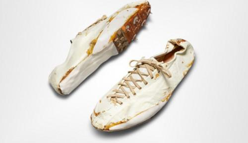 Cuma Sultan yang Mampu, Sepatu Nike Jadul Dilelang hingga Rp2,1 Miliar!