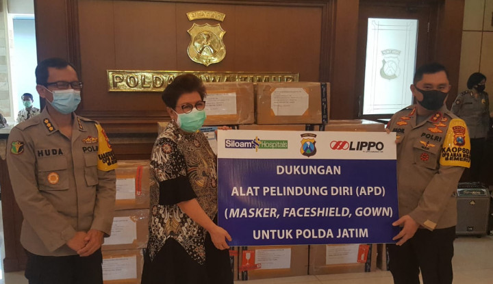 Lawan Corona, LPKR Donasi APD ke Polisi Jatim