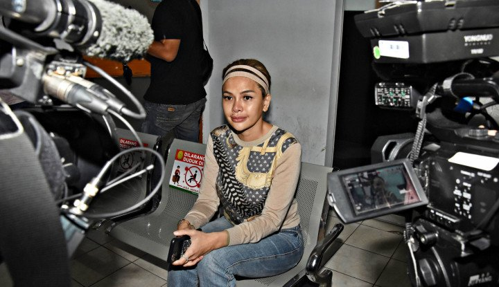OMG!! Rumah Artis Nikita Mirzani Diancam Diserbu Pasukan Habib Rizieq, Gegara...